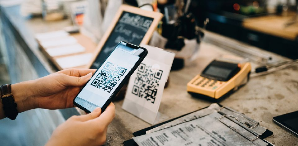Different types of cashless payment methods to be aware of